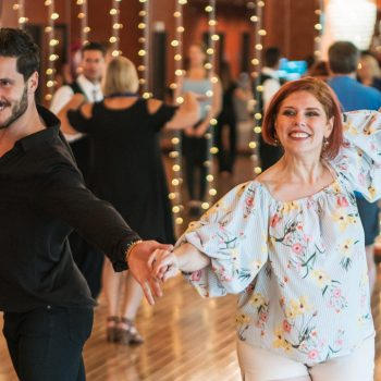 Several reasons to get dance classes before the wedding!