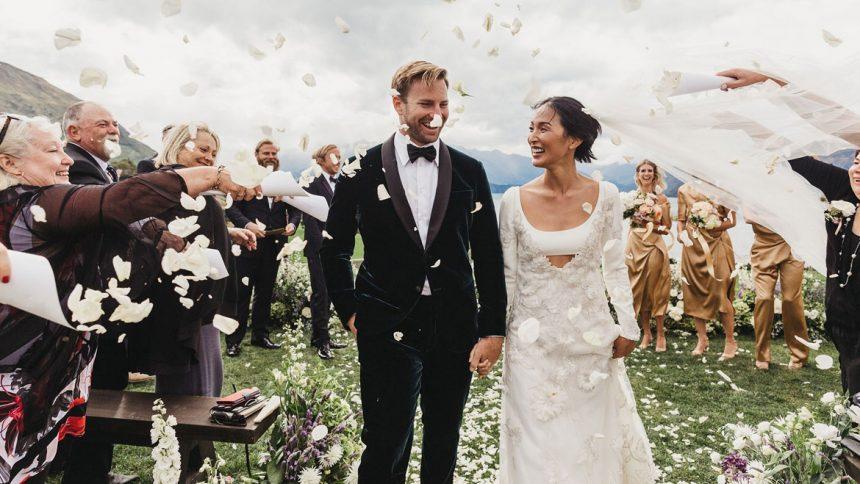 Advantages of hiring a wedding planner
