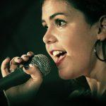 Singer Bbface Singing Voice Mike Women Face Song